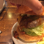 Burger&Chicken JERRY'S UNO - チリチーズバーガー