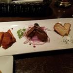 バークダン - 燻製の盛り合わせ(ベーコン・牡蠣・カマンベール)