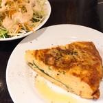 ナギサテイ - ランチのトルティージャとサラダ