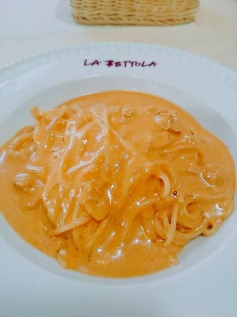 ラ・ベットラ・ダ・オチアイ ナゴヤ - 新鮮なウニのスパゲッティ