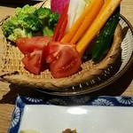 タケマルシェ - がぶりつき旬野菜(650円)