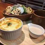 和食カフェ 風瑠 - ポテトグラタン&サラダプレート