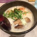 北野 - らーめん ※魚介鶏豚骨 器は若干食べにくいがかなり美味しい