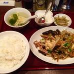 62737551 - 豚肉とキクラゲ玉子の炒め定食 (800円)