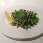 鉄板焼 野菜バル 籠女 - アボカドと真ダコ