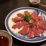 池田 銀なべ - 牛肉の炙りタタキ