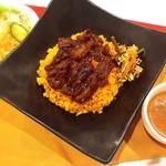 ◆牛カルビとドライカレー Beef ribs and dry curry