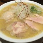 RAMEN 風見鶏 - 特製塩:900円