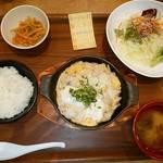 米どころん - 新潟車麩と豚肉の玉子とじ定食
