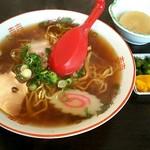 さかなや食堂 - 料理写真:ラーメン¥500