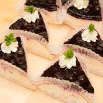 ミルティーユ - 料理写真:自家農園のブルーベリーレアチーズケーキ♪お試し価格380円(税込)