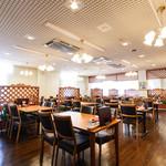 ニッカ会館レストラン 樽 - 内観写真:
