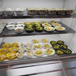 生駒市役所 食堂 - 小鉢の棚