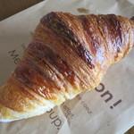 フランス人の店 ボー・スィエル - クロワッサン238円