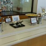 能登ロイヤルホテル - 海鮮玉子焼きと普通の玉子焼?あまり違いがわからなかった…