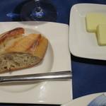 シェ・ムラ - パンとバター