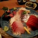 魚家 - 刺身