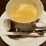 赤坂七丁目カフェ - 温いコーヒー