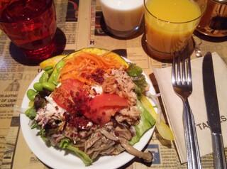 タブレスカフェ - サラダバー