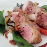 62791414 - 愛知県半田産豚肩ロース肉の低温ロースト 柚子胡椒風味の赤ワインソース
