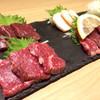 桜肉寿司とデザイナーズ個室 生肉専家 タテガミ 名駅店