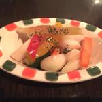 yaesu 海老バル - 自家製ピクルス 380円