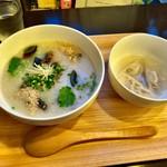 62796041 - ピータン粥(¥680) ランチ(¥300)の水餃子