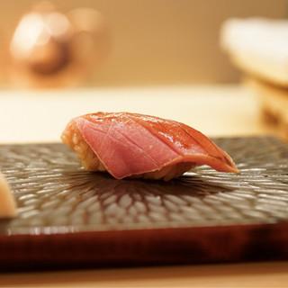 鮨舳 - 料理写真:中トロの漬け