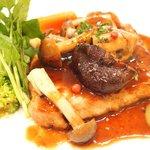 イル・ド・パスィオン - ランチコース 2200円 の豚ロース肉のソテー バルサミコ酢ソース