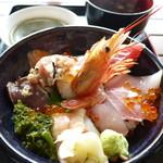 お魚いちば おかせい - 女川丼