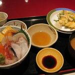 628737 - 北海丼定食