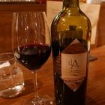 トラットリアチッチョ - 赤ワイン2500円
