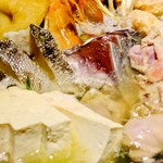 あくとり代官 鍋之進 - 旬菜旬魚とろろわさび 塩寄せ鍋