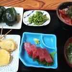 62809527 - 目張り鮨二代目定食o(*⌒―⌒*)o漬け丼串揚げ付き