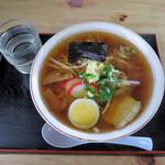 めん処やまぐち - 料理写真:中華そば