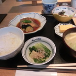 62812309 - 煮魚定食(950円)