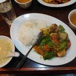 Miga - 牛ばらご飯¥750-