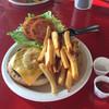 Waikiki Beachside Bistro  - 料理写真:ポテトは多い
