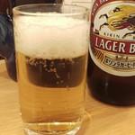 とんかつ 三金 - 瓶ビール600円はキリンラガーでした
