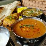 インド・ネパール料理 マナカマナ - ダルカレー