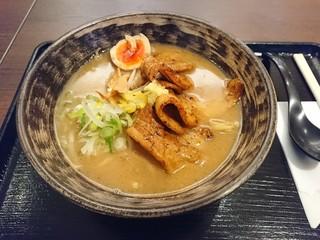金澤味噌ラーメン 神仙 品達羽田店 - 2017年1月 「炎・炙」肉盛味噌ラーメン 1100円