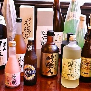 お料理との相性を考え抜いた、自慢の日本酒&焼酎!