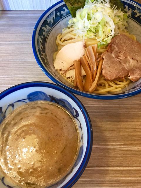 秋葉原つけ麺 油そば 楽