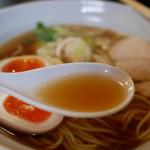 千思萬考 - 一番搾り醤油スープ