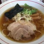 中華そば まるき - 料理写真:「中華そば」