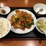 Tenfuen - 鶏と野菜の辛味噌炒め定食
