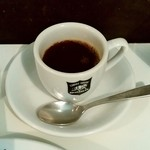 カレーの店 ボンベイ - カレーの店 ボンベイ本店@柏 カシミールカレーに着いてくるデミタスコーヒー
