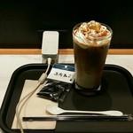 カフェ・ベローチェ - 電源あります