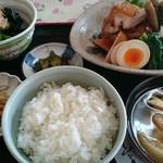 キッチン食堂 城山 - 今思い出してもヨダレがでそう。こんなご飯を毎日食べたい。