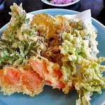 由屋 - 野菜天ぷら(2人前)